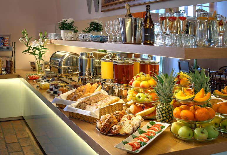 Hotel Monastery, Prague, Breakfast Area