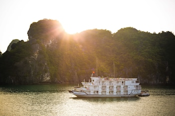 Picture of Bhaya Cruises in Halong