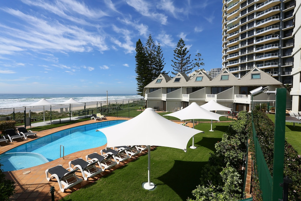 The Breakers Surfers Paradise