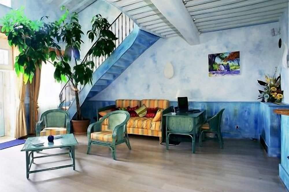 Izba (Malmaison) - Obývacie priestory