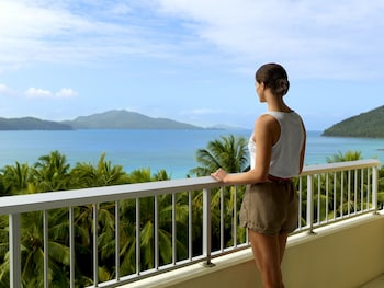 Picture of Reef View Hotel in Hamilton Island