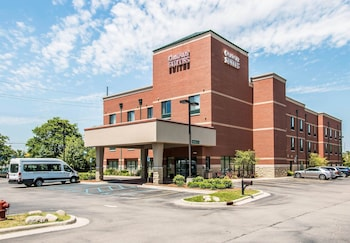 Picture of Comfort Suites Canton in Canton
