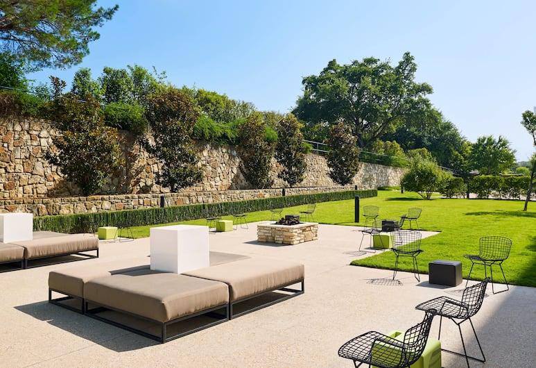 Aloft Las Colinas, Irving, Terrace/Patio