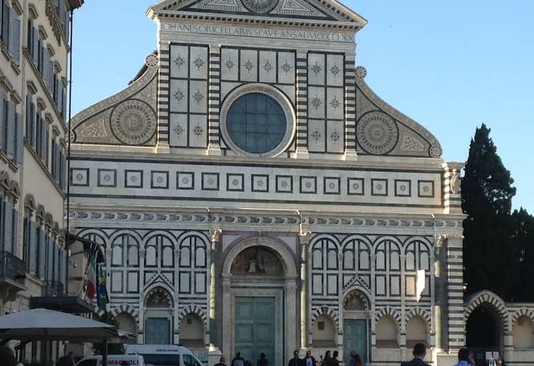 Tourist House, Florence, Exterior
