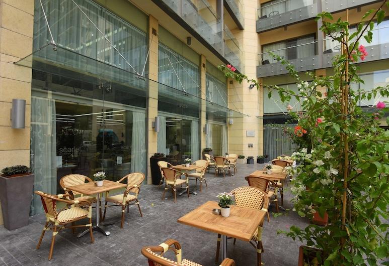 Ramada by Wyndham Downtown Beirut, Beirut, Terrasse/Patio