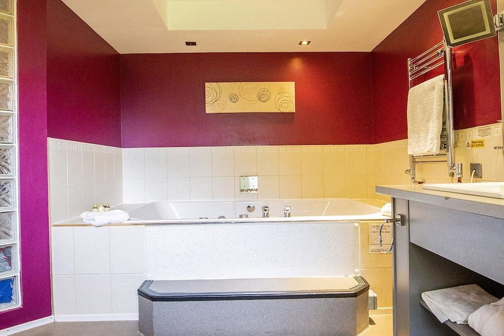 Suite Supérieure, 1 grand lit - Salle de bain