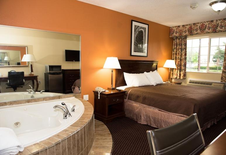 Travelodge by Wyndham Grove City / So. Columbus, Grove City, Studio Suite, 1 Queen Bed, Non Smoking, Deep Soaking Bathtub