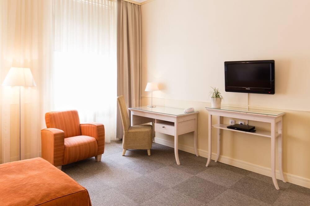 Phòng 2 giường đơn Superior - Khu phòng khách