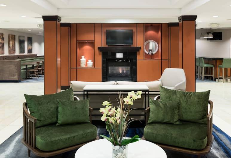 Fairfield Inn & Suites by Marriott Kansas City Overland Park, Overland Park, Sala de estar en el lobby