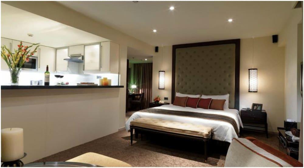 Z Luxury Residences, Mumbai