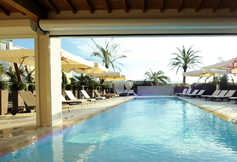 Royal Mougins Golf Resort, Mougins, Outdoor Pool
