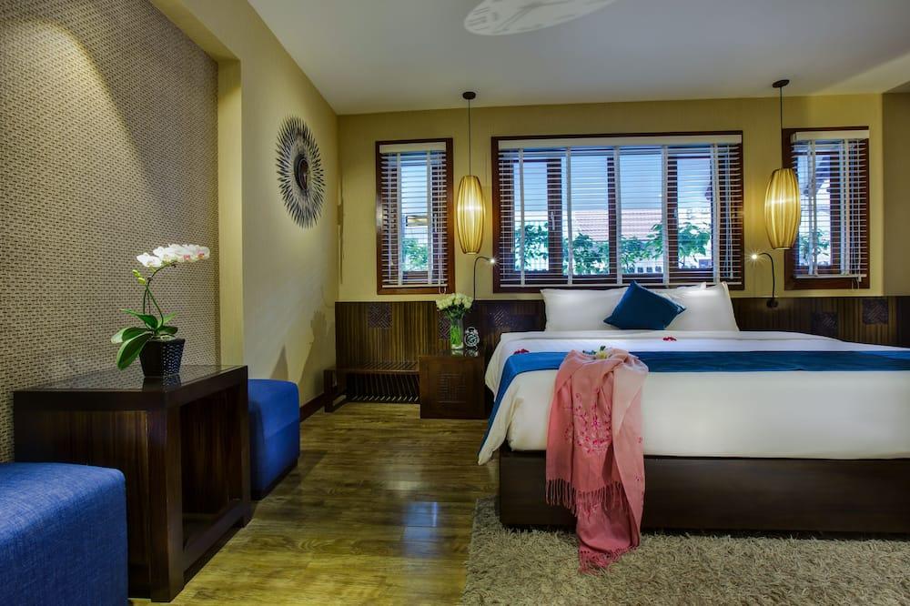 Royal Suites, big balcony - Vista città