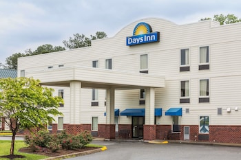 Picture of Days Inn by Wyndham Doswell At the Park in Doswell