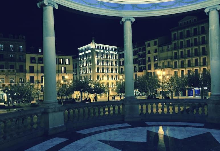 Gran Hotel La Perla, Pamplona, Pavillon