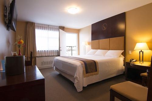 斯凱酒店/