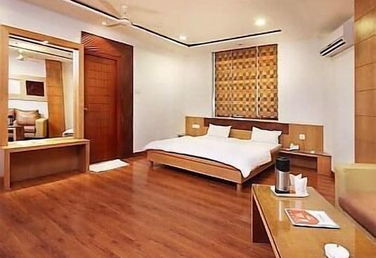 曼达基尼广场酒店, 坎普尔, 套房, 1 张特大床, 客房