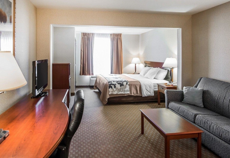 Rodeway Inn & Suites, Salina, Suite, 1 King Bed, Non Smoking, Guest Room