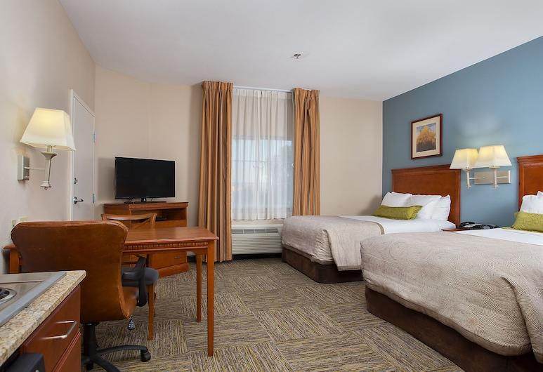 Candlewood Suites Tuscaloosa, Tuscaloosa, Studijas tipa luksusa numurs, 2 divguļamās gultas, nesmēķētājiem, Viesu numurs