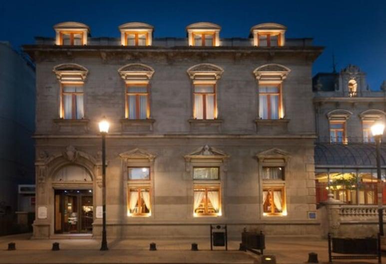 Hotel Jose Nogueira, Punta Arenas, Hotel Entrance