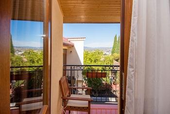 Tiflis bölgesindeki Hotel British House resmi