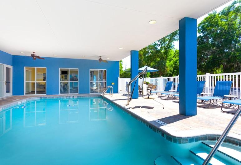 Holiday Inn Express Hotel & Suites Lakeland North - I-4, Lakeland, Piscina