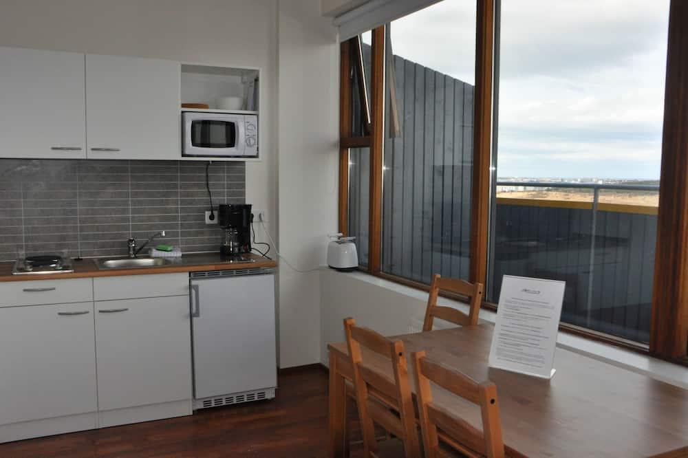 Family Studio, Multiple Beds - Living Area