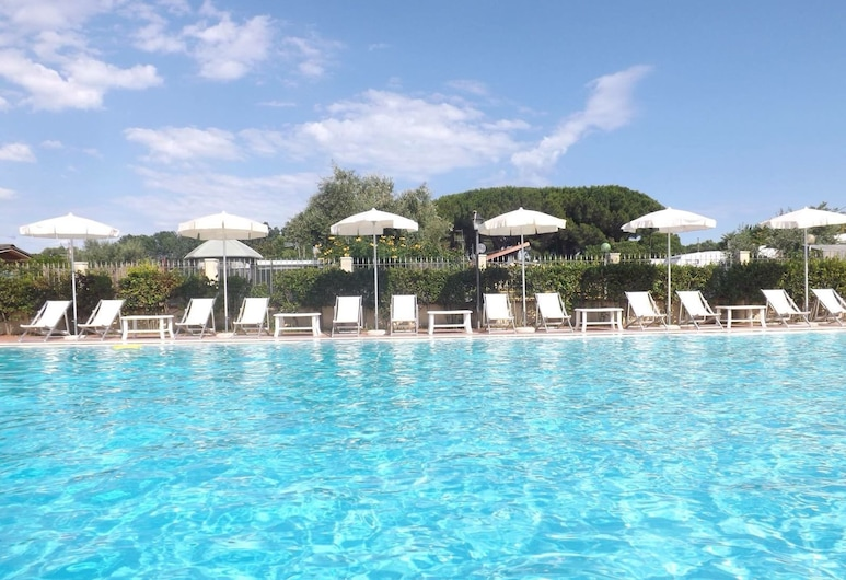 Al Canto delle Sirene, Terracina, Venkovní bazén