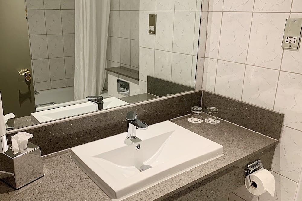 Rom - Vask på badet