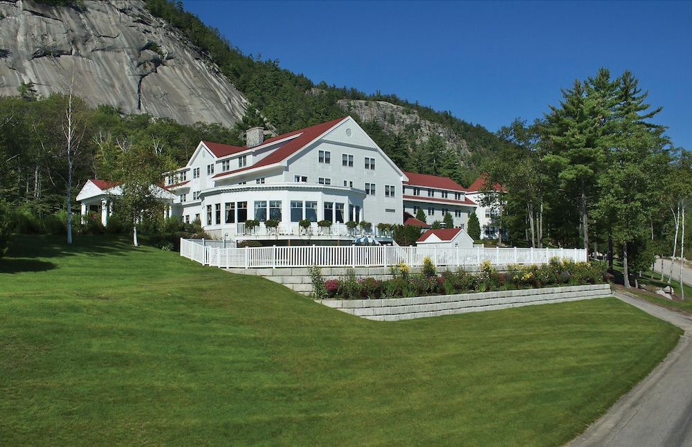 The White Mountain Hotel & Resort, North Conway
