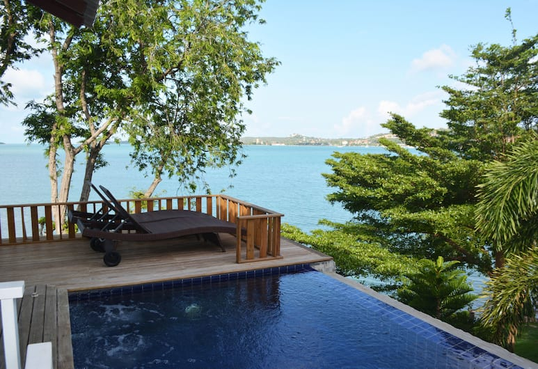 Replay Pool Villa Beachfront Samui, Koh Samui, Innendørsbasseng