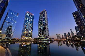 Naktsmītnes Oaks Liwa Heights Hotel Apartments attēls vietā Dubaija