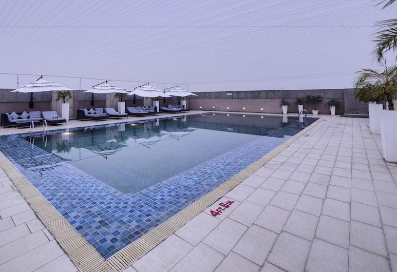 Svelte Hotel & Personal Suites, Yeni Delhi, Havuz