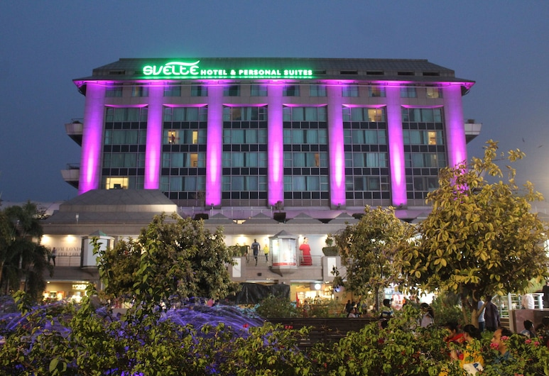 Svelte Hotel & Personal Suites, New Delhi, Hotel Front