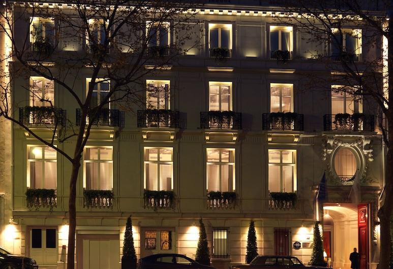 InterContinental Paris Avenue Marceau, Paris, Hotellfasad - kväll