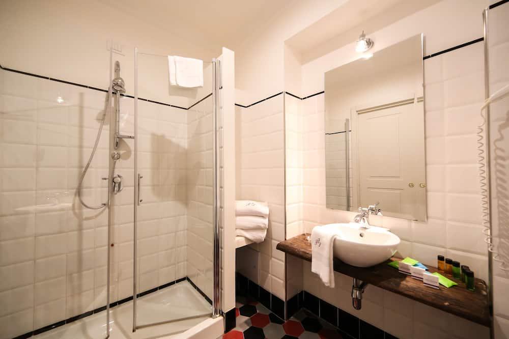 Habitación triple superior - Baño