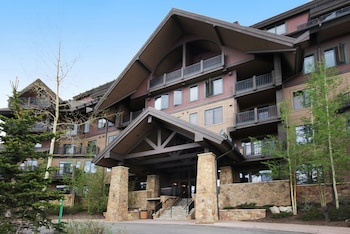Picture of Crystal Peak Lodge in Breckenridge
