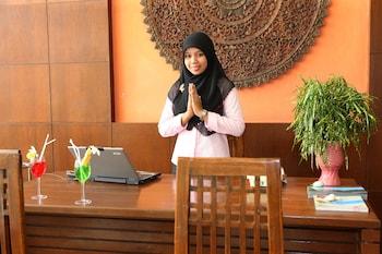 Dieses 4-Sterne-Hotel in Kamala auswählen