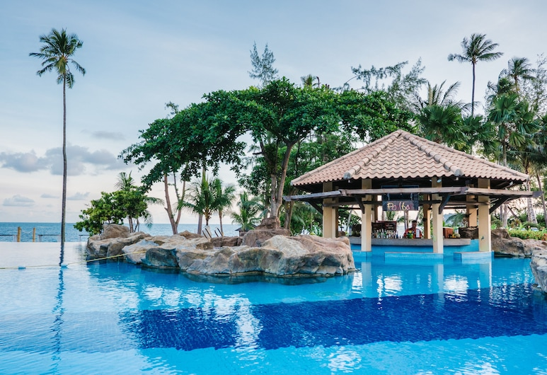 Nirwana Beach Club, Bintan, Outdoor Pool