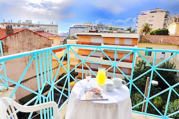 Picture of Residhotel Les Coralynes in Cannes