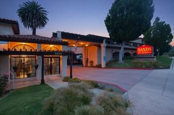 San Luis Obispo — zdjęcie hotelu Sands Inn & Suites