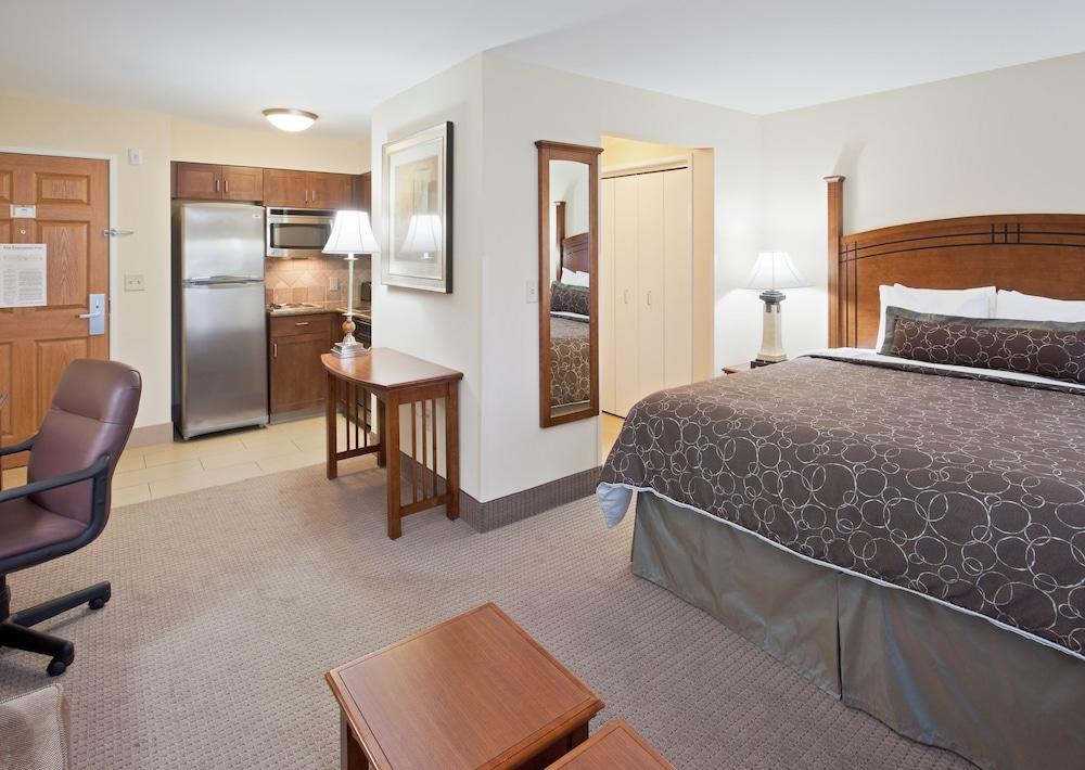 travelinfo nevada reno hotels staybridge suites