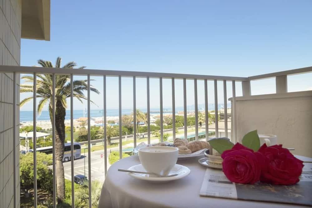 Pagerinto tipo dvivietis kambarys, balkonas, vaizdas į jūrą - Balkonas