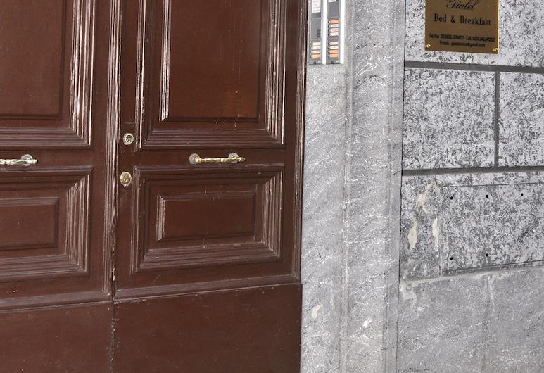 吉樂爾包早餐酒店, 羅馬, 外觀