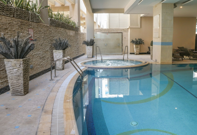 Flora Creek Deluxe Hotel Apartments, Dubai, Pool