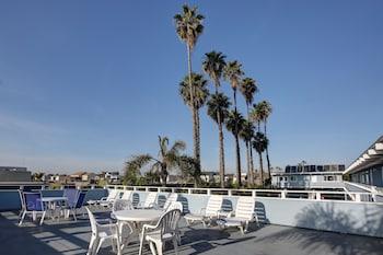 Image de Newport Channel Inn à Newport Beach
