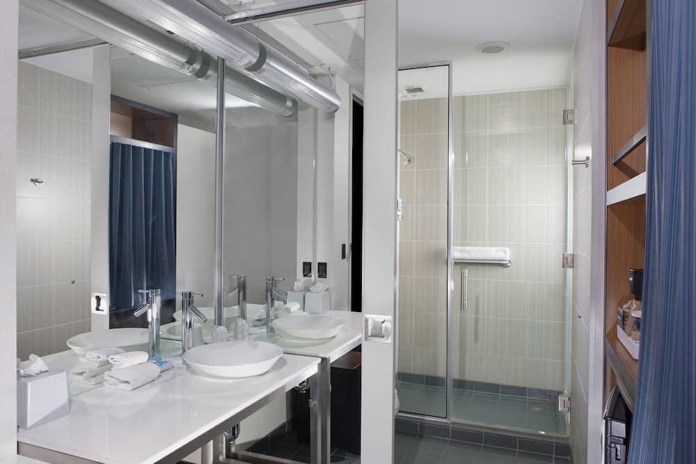 aloft, Chambre, 1 très grand lit, non-fumeurs - Salle de bain