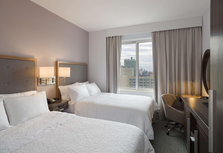 Hampton Inn Manhattan/Times Square South, New York, Room, 2 Double Beds, Non Smoking, City View, Guest Room