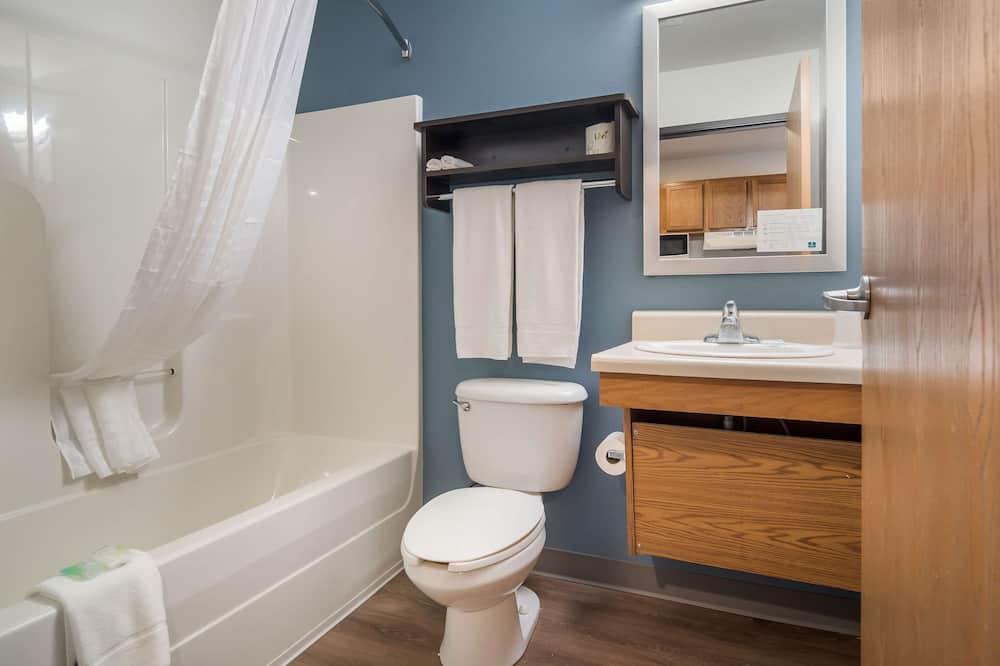 Standardní pokoj, 2 dvojlůžka, kuřácký - Koupelna