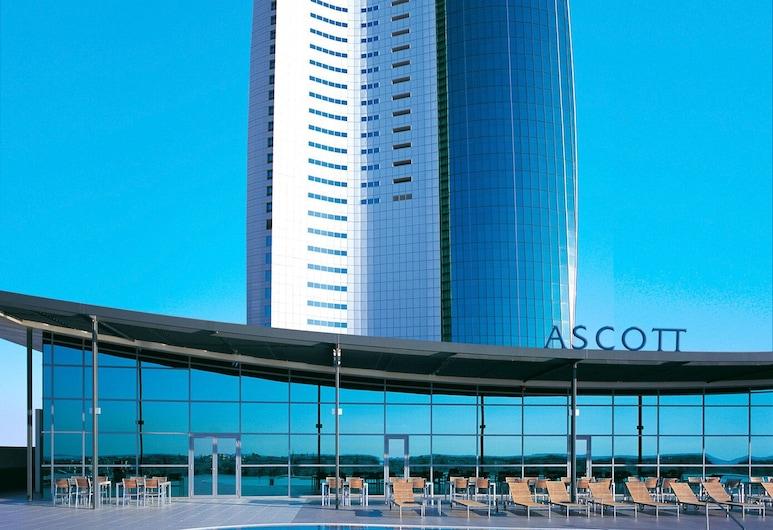 Ascott Park Place Dubai, Dubai, Pool