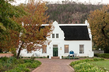 Picture of Basse Provence Guest House in Franschhoek